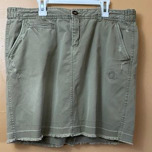 Old Navy Distressed Mini Skirt Size 12 N-11